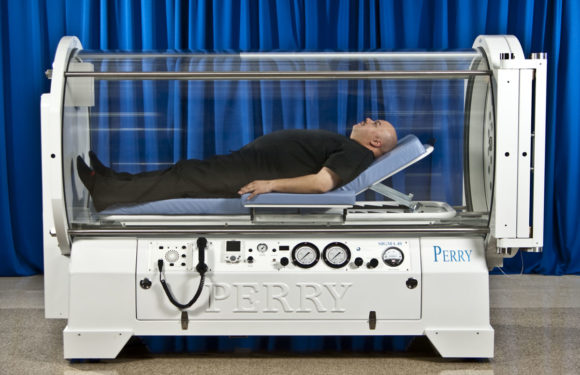 Treating anxiety with hyperbaric chambers