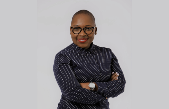 #ReadersMinds Mental Health Check-in with Dineo Molaba
