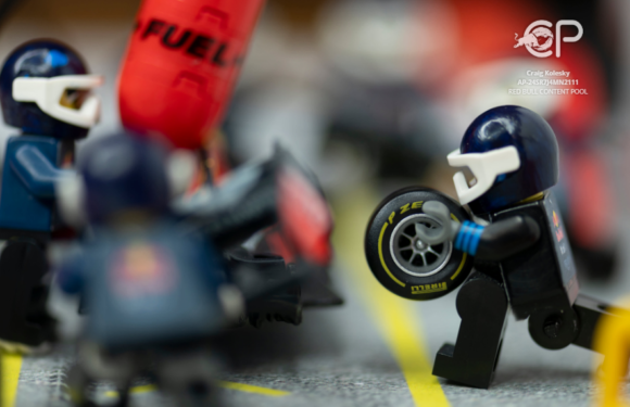 Photographer Craig Kolesky showcases custom miniature recreation of the world's fastest F1 pit stop